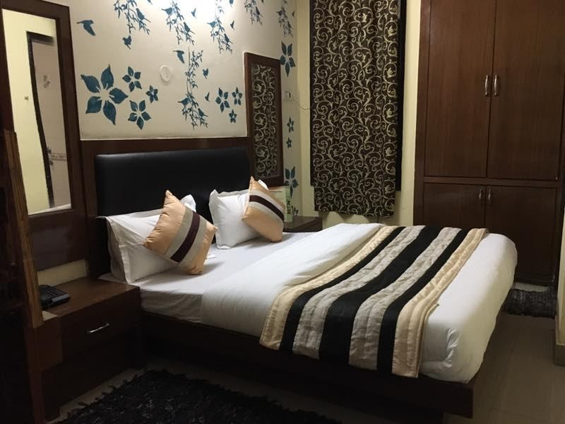 Book a Room at MU hotel for your Convenient Transportation