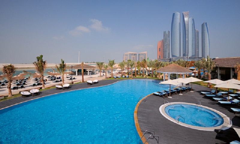 The 5 Best Things to Do at a Beach Club in Abu Dhabi