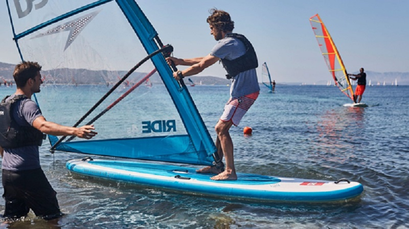 Important tips for a beginner windsurf boards surfer