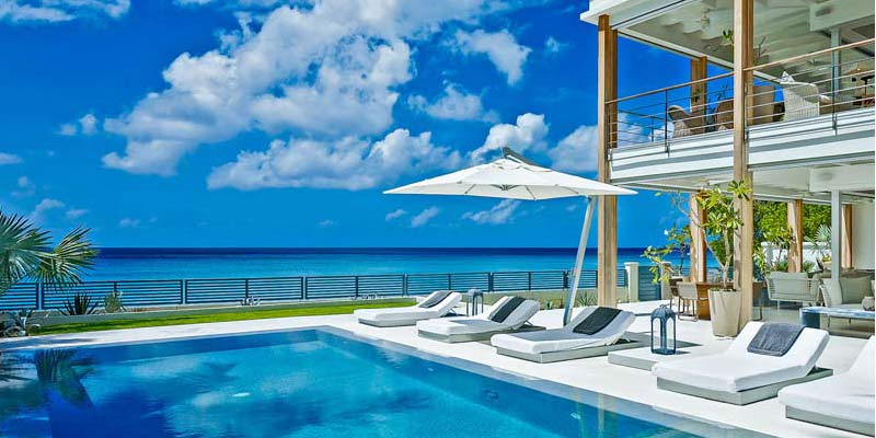 Make the Most of your Vacations by Hiring Luxury Vacation Rentals