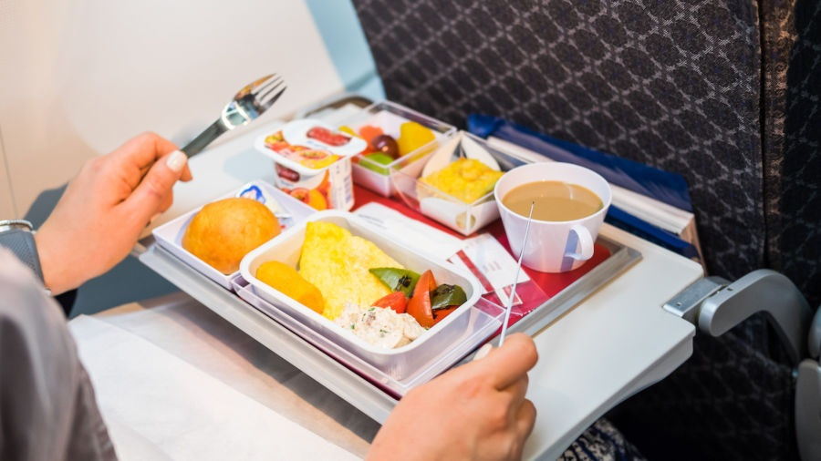 Five Special Homemade Meals for Easy Digestion during International Flights
