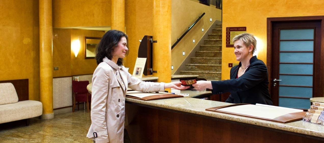 4 Mistakes to Avoid When Booking a Hotel